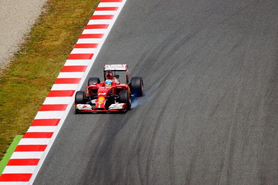 Hamilton oppermachtig in Grand Prix van Canada